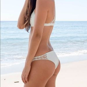 Mikoh Swim - Mikoh ivory/cream 2 pcs bikini